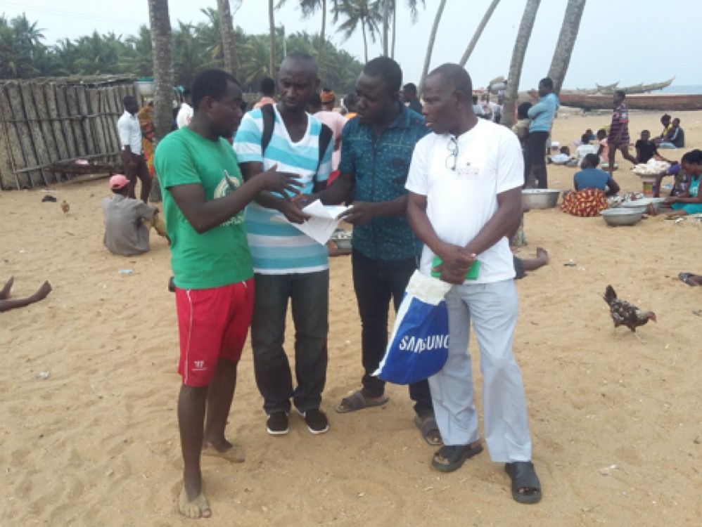 Evans training field assistants in Ghana