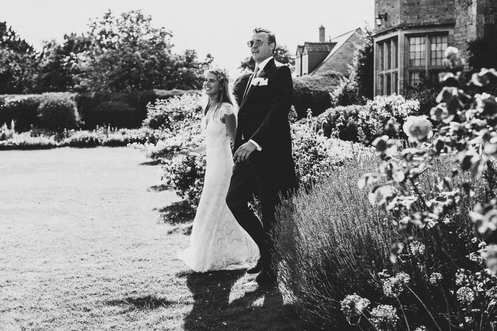 SUEGRAPHY English Colourful Backyard Wedding 0434.JPG