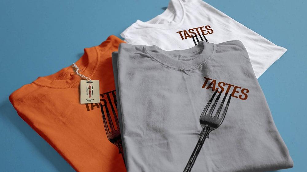 lab_tates_shirts_close_F.jpg