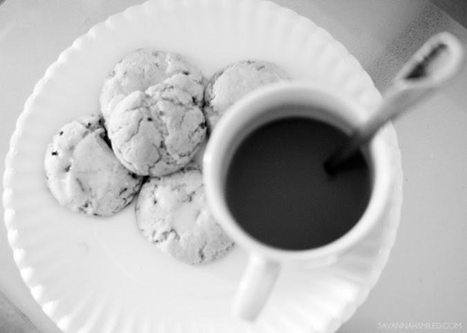 college-easy-simple-cookie-cake-funfetti-recipe-photo.jpg