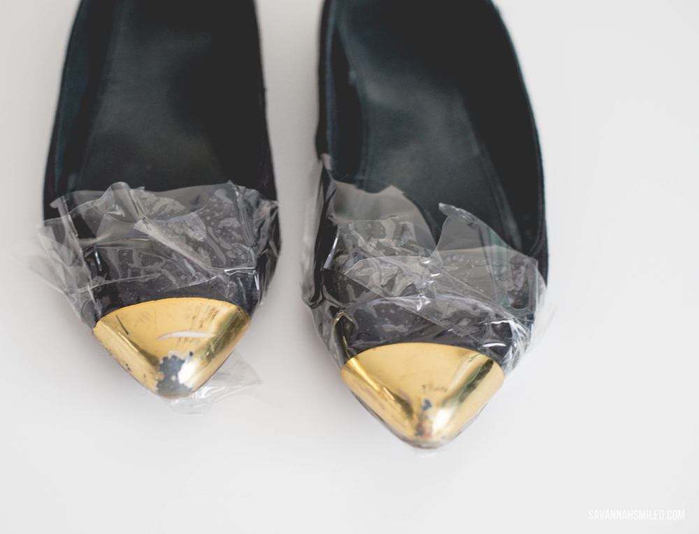 repair-gold-shoes-spray-paint-4.jpg