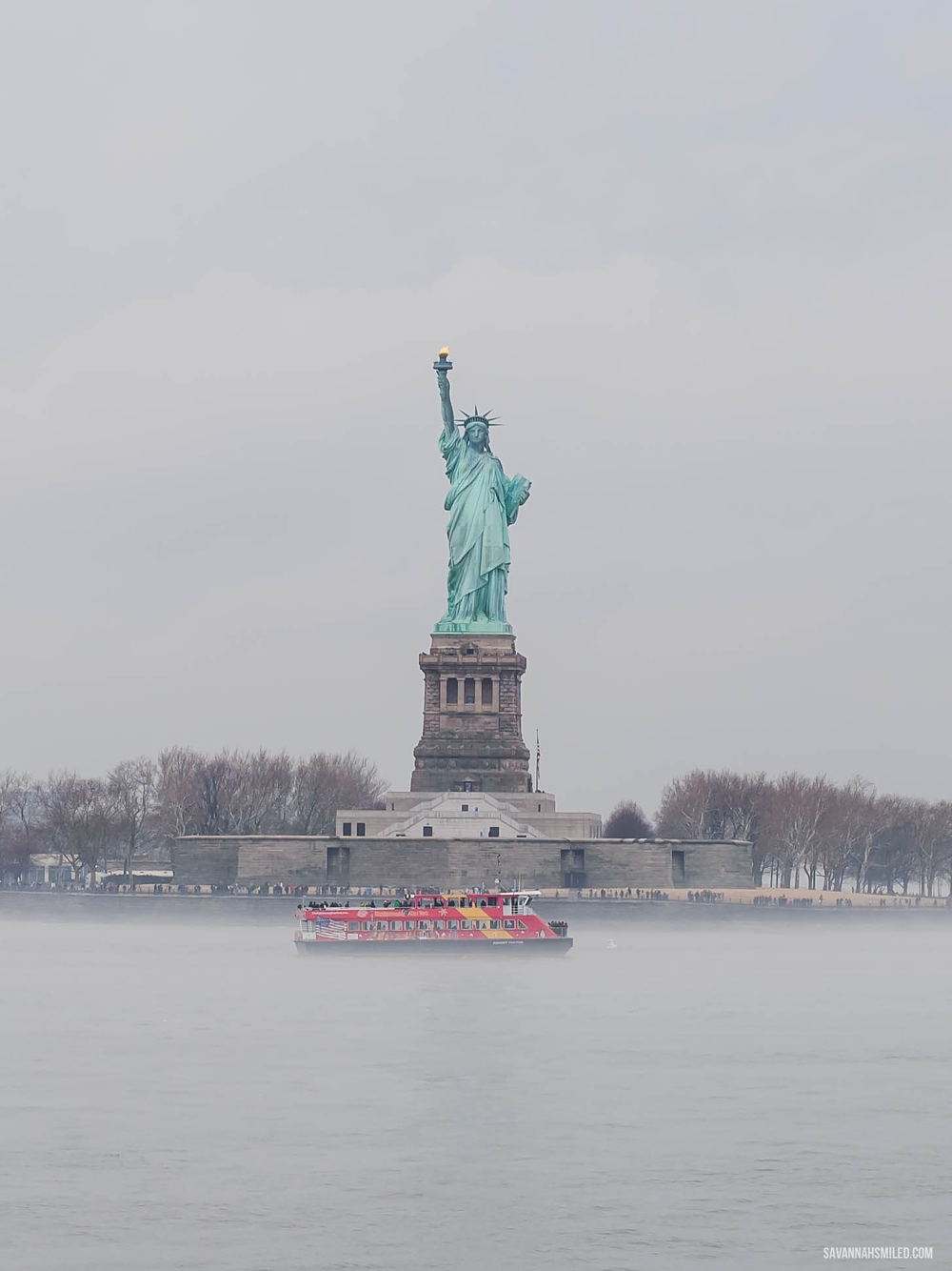 statue-of-liberty-free-new-york-cheap-tip-7.jpg