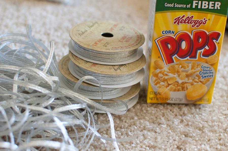 diy-reception-breakfast-wedding-cereal-favors-photo.jpg