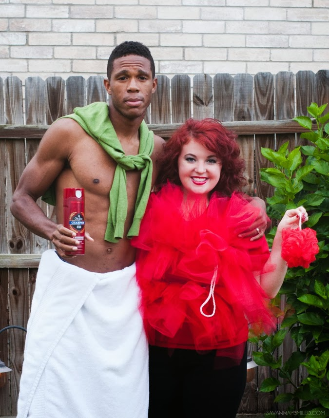 diy-cute-interracial-couple-halloween-loofah-costume-photo.jpg