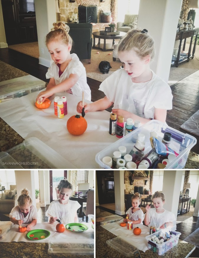 painting-small-pumpkins-halloween-craft-photo.jpg