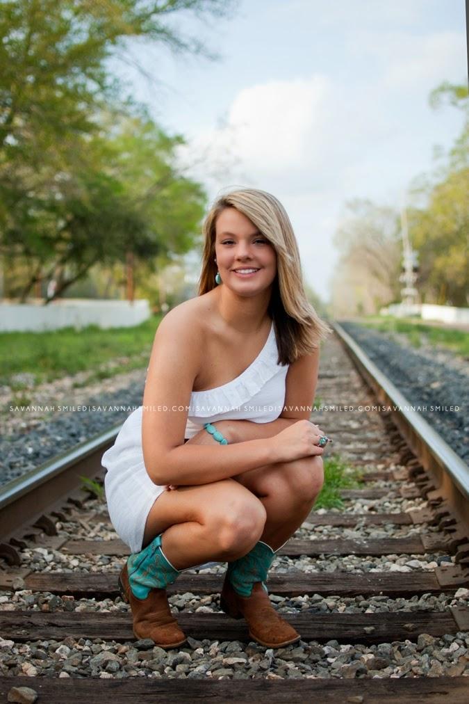 woden-high-school-senior-portraits-photo.jpg