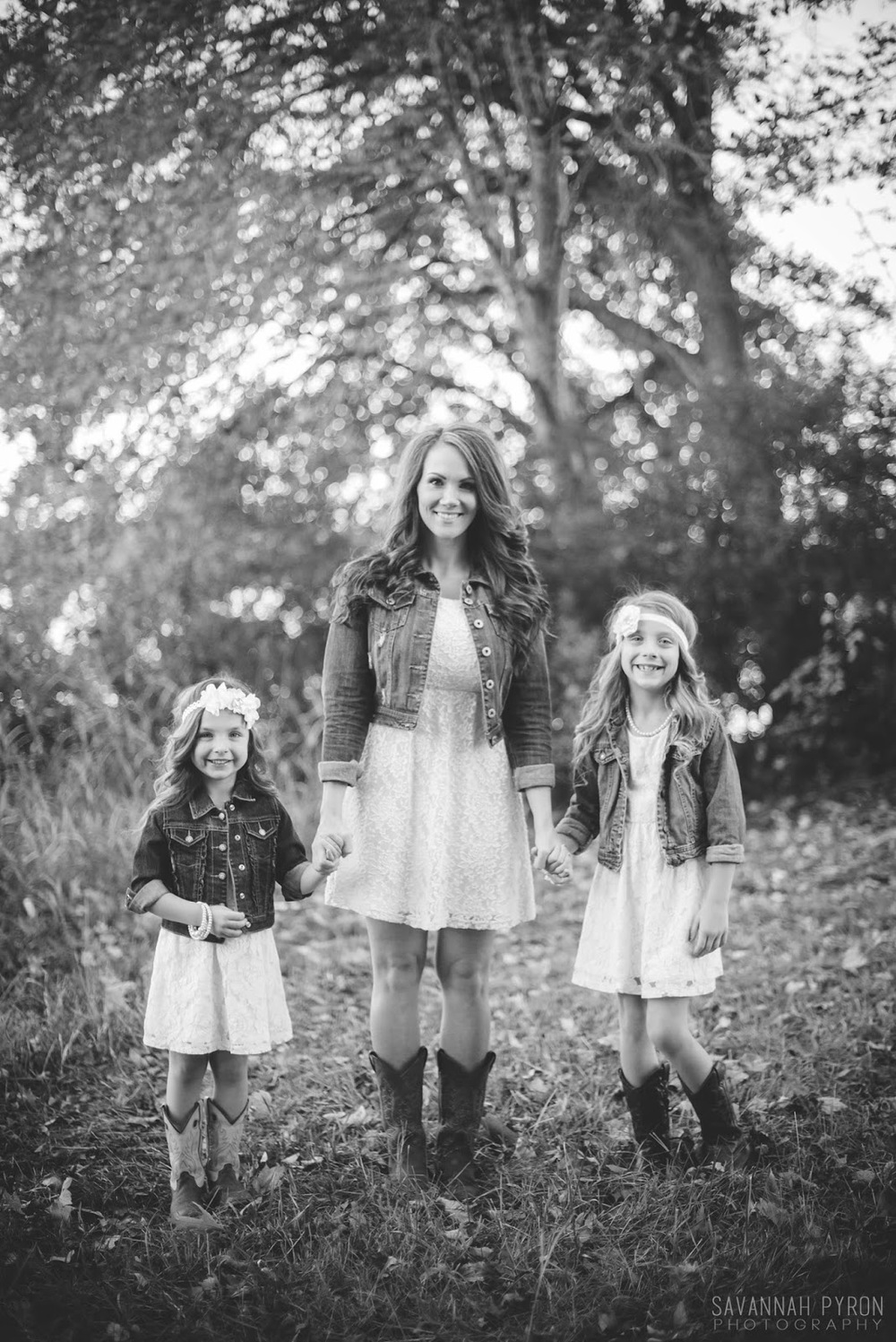lak-hawkins-mom-daughters-portraits.jpg