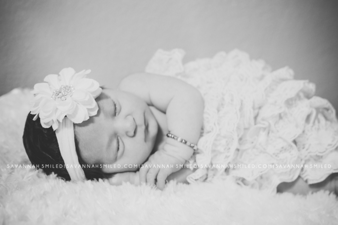 dallas-newborn-photographer-photo.jpg