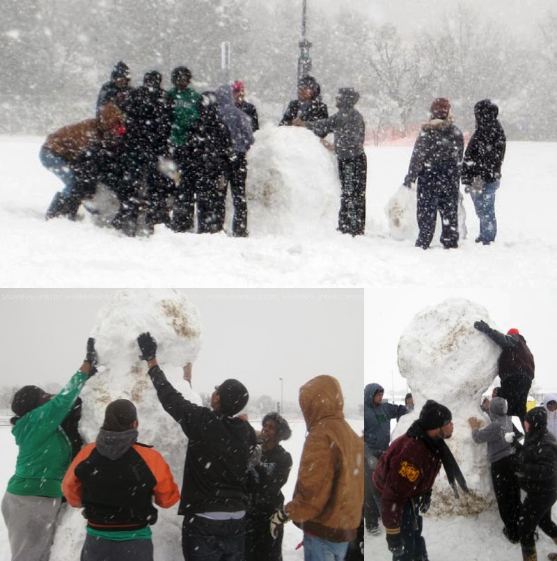 unt-victory-hall-snowman-2010-photo.jpg