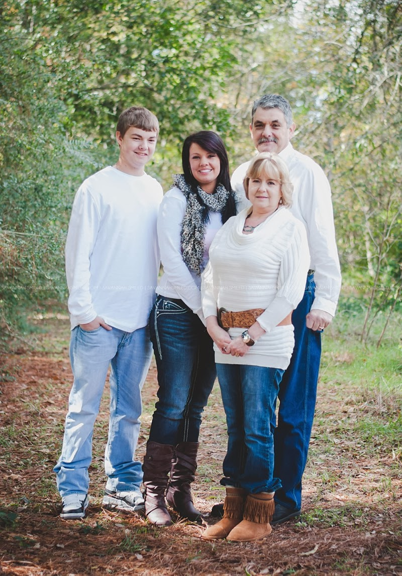 carrollton-family-christmas-portraits-photo.jpg
