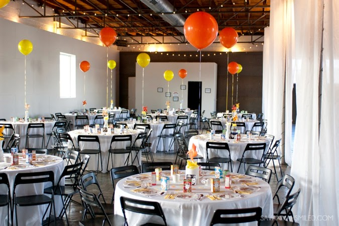 dallas-lofty-spaces-whimsical-balloons-wedding-photo.jpg