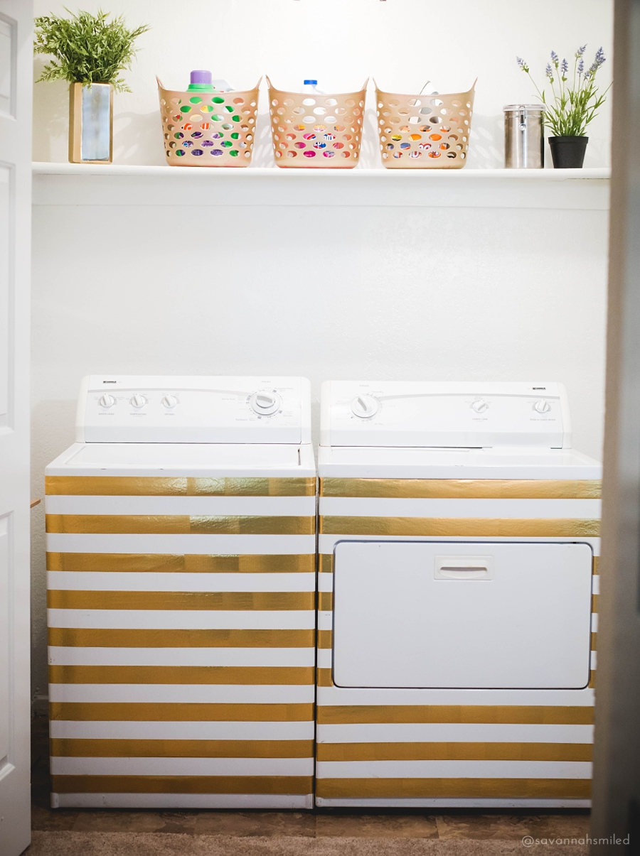 gold-striped-laundry-room-makeover-5.jpg