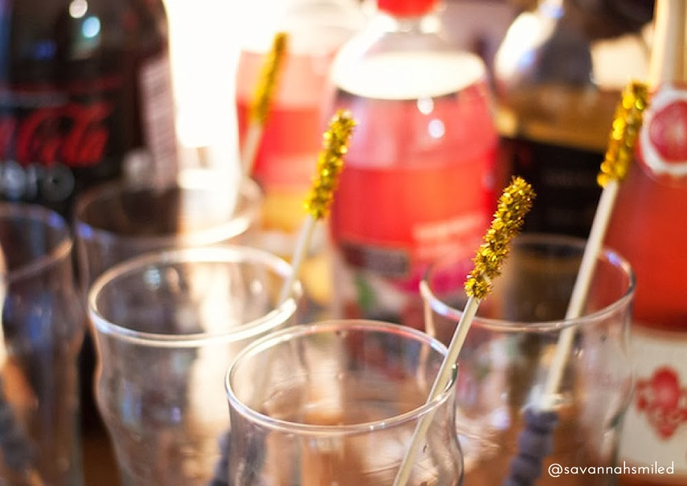 oscars-party-drink-stirrers.jpg