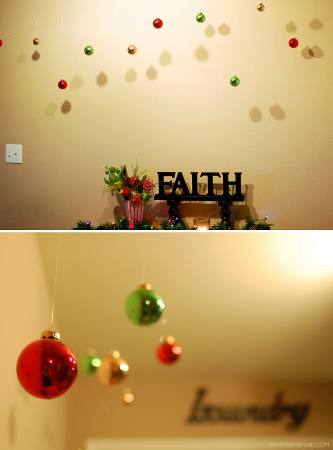 college-apartment-christmas-decoration-photo.jpg