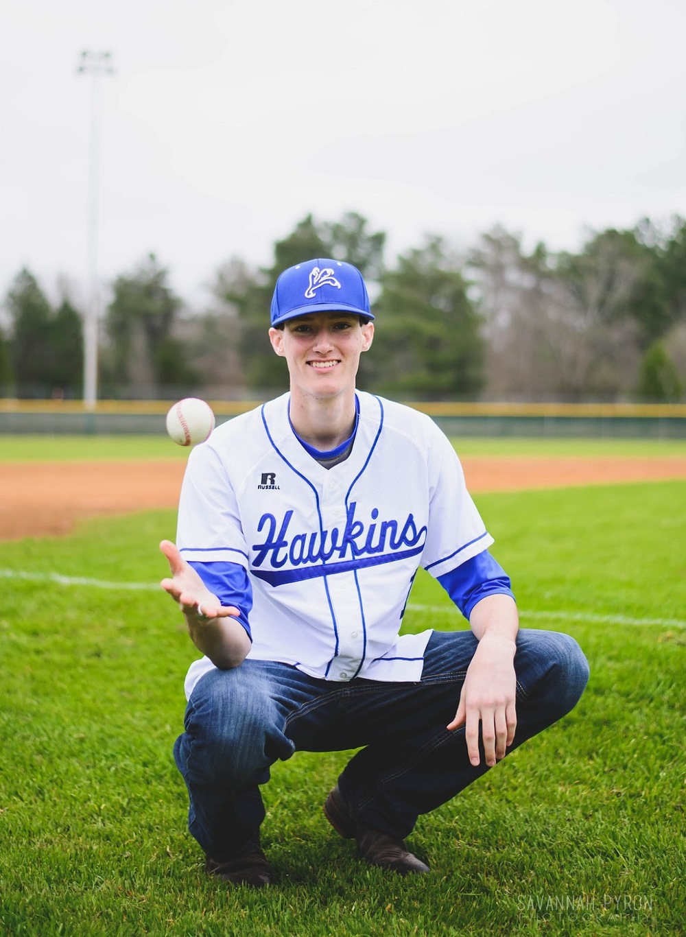 baseball-senior-portraits-pitchers-mound.jpg