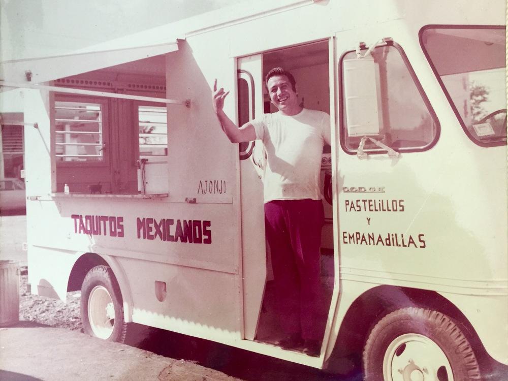 Donde todo comezó! Jose García, fundador de Aurorita, en su FOOD TRUCK y lo que se convertiría en el mejor restaurante Mexicano de Puerto Rico. Circa 1972.