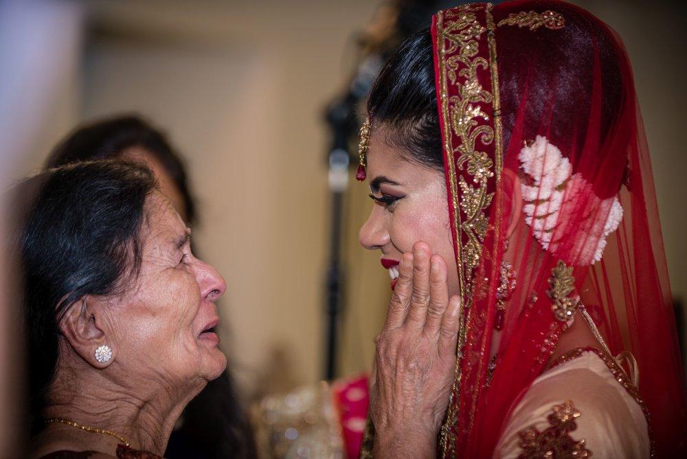 OutlitePhotography_copyright_IndianWedding (38).jpg
