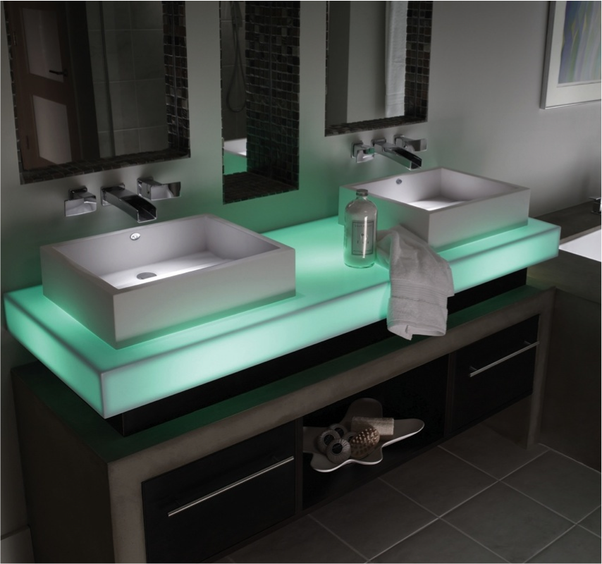 Commerical - Mint Ice Vanity .png