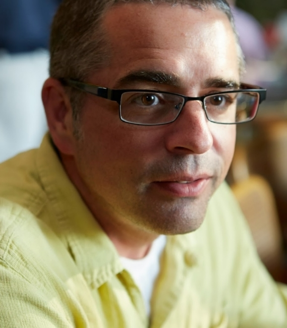 Tom Bartnik Head Shot.jpg
