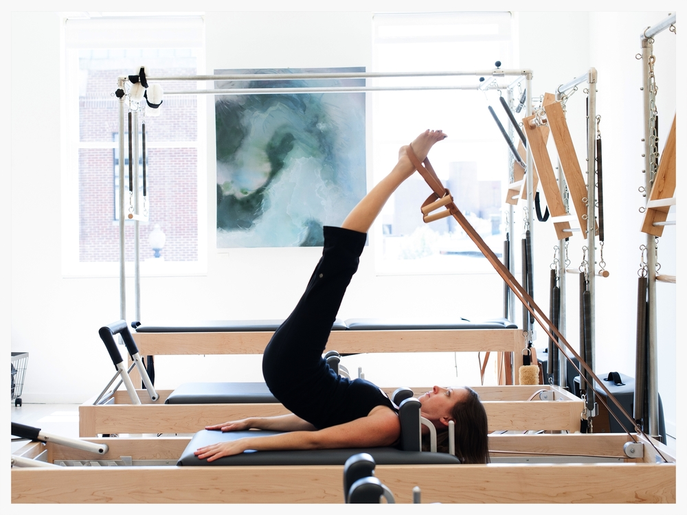 pilates apparatus short spine massage reformer
