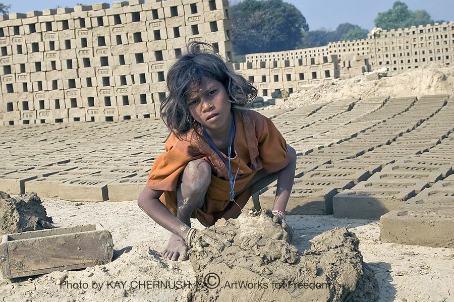 1419_Benares_bricks2