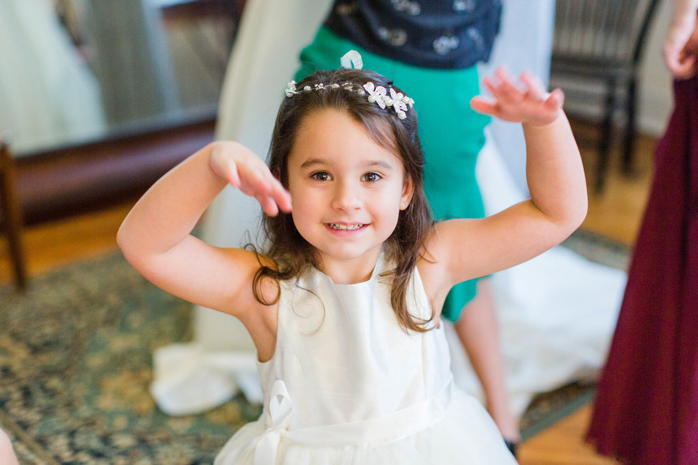 Jess' daughter, Alayna, is full of personality! She loved posing for the camera :) She's precious… and BEAUTIFUL!!
