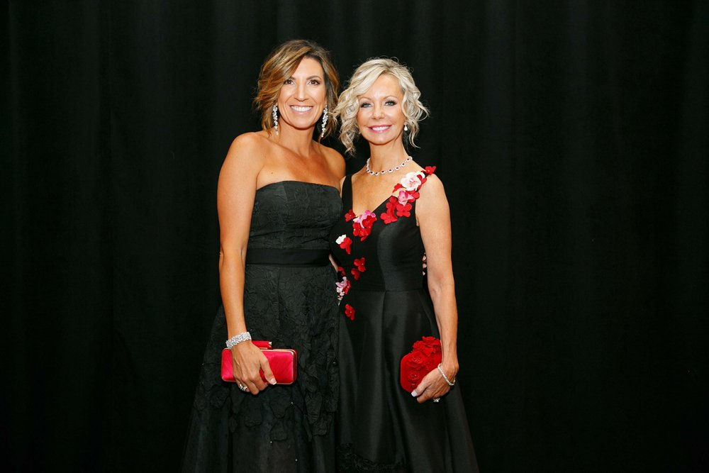 Gala co-chairs Giora Barker, Lisa Cooley by Hiram Trillo.jpg