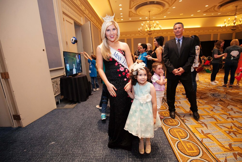 Miss Texas America 2015 Shannon Sanderford, Jordan McDowell by Hiram Trillo.jpg