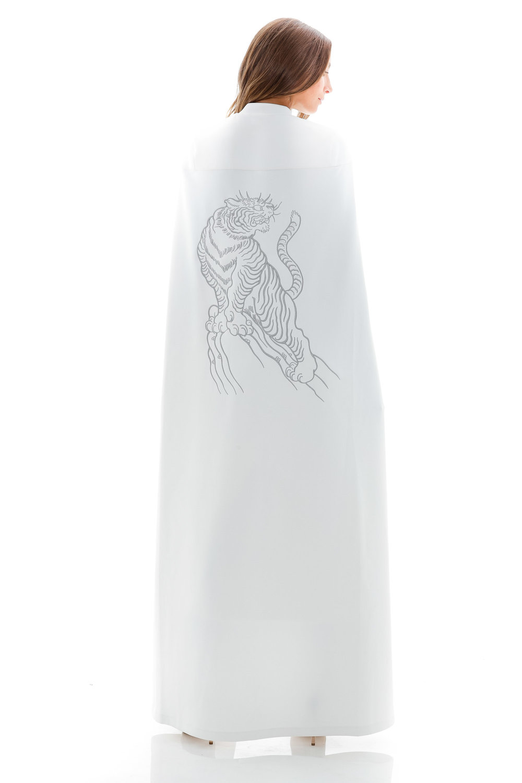 minika-ko-knockout-collection-tiger-cape-white.jpg