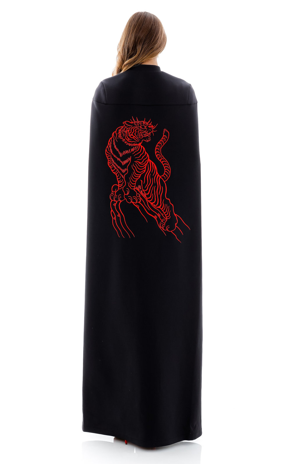 minika-ko-knockout-collection-tiger-cape-black.jpg
