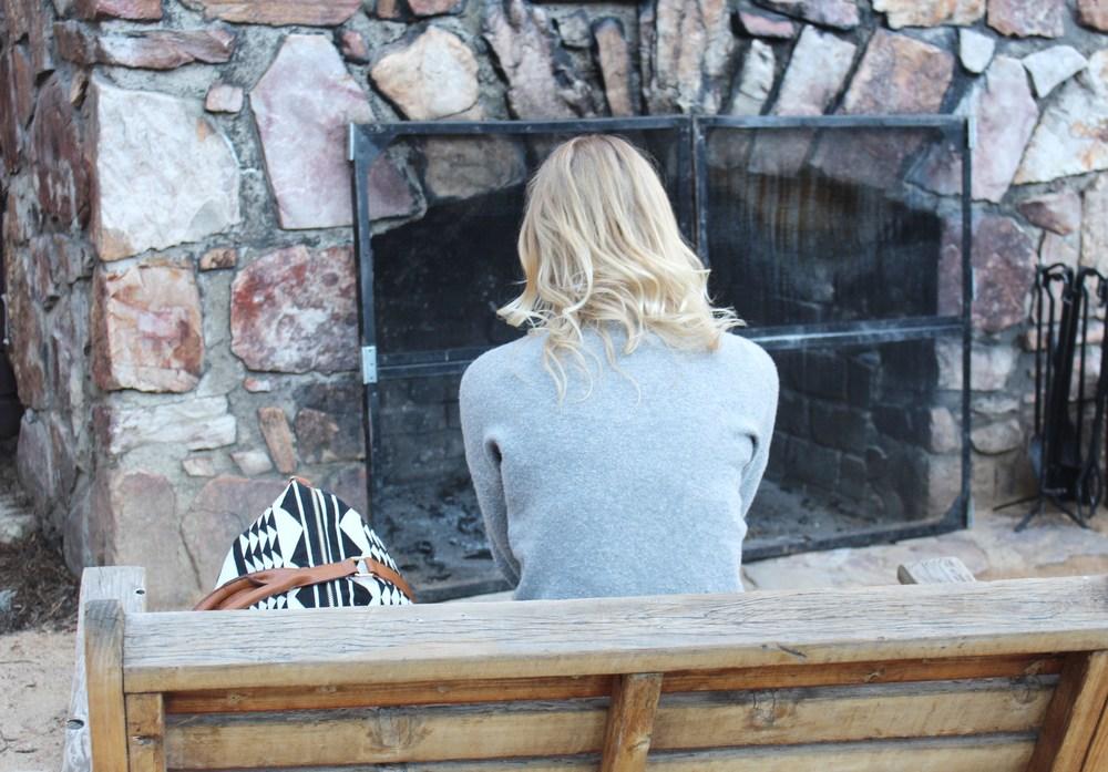 outdoor-fire-place.jpg