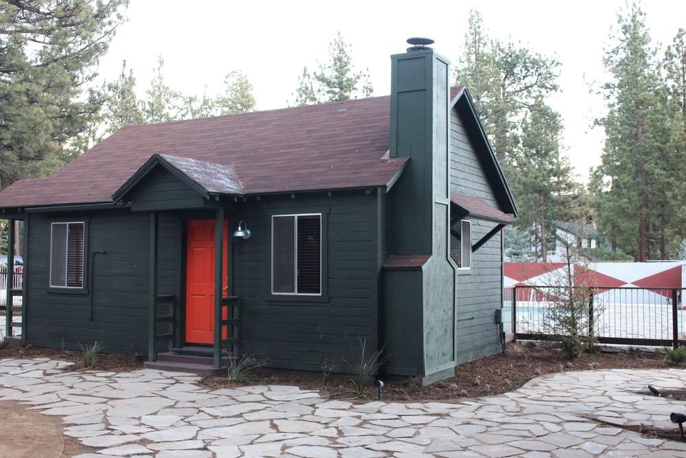 noon-lodge-cabins.jpg