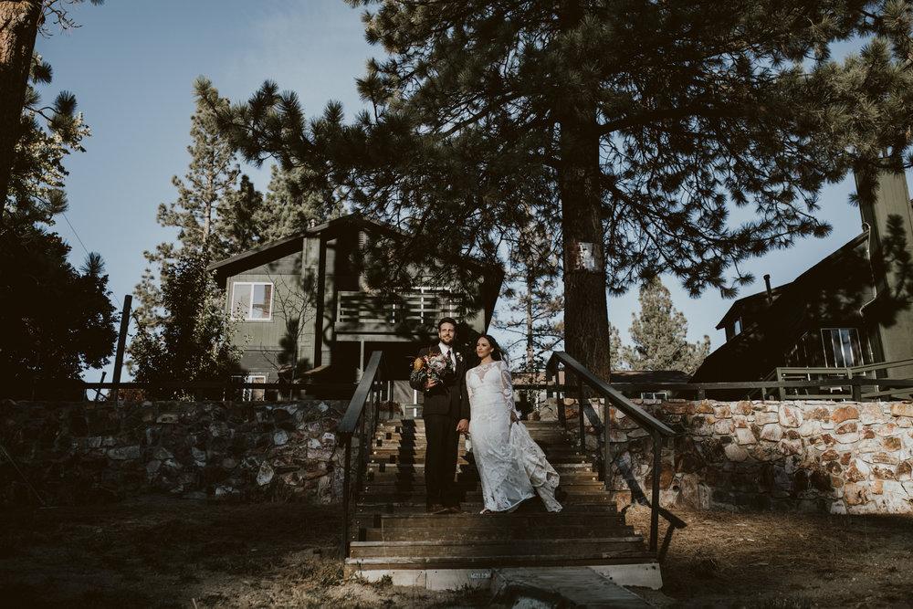 URIELPHOTOGRAPHYTravis+AshleyBIGBEARWedding_602.jpg