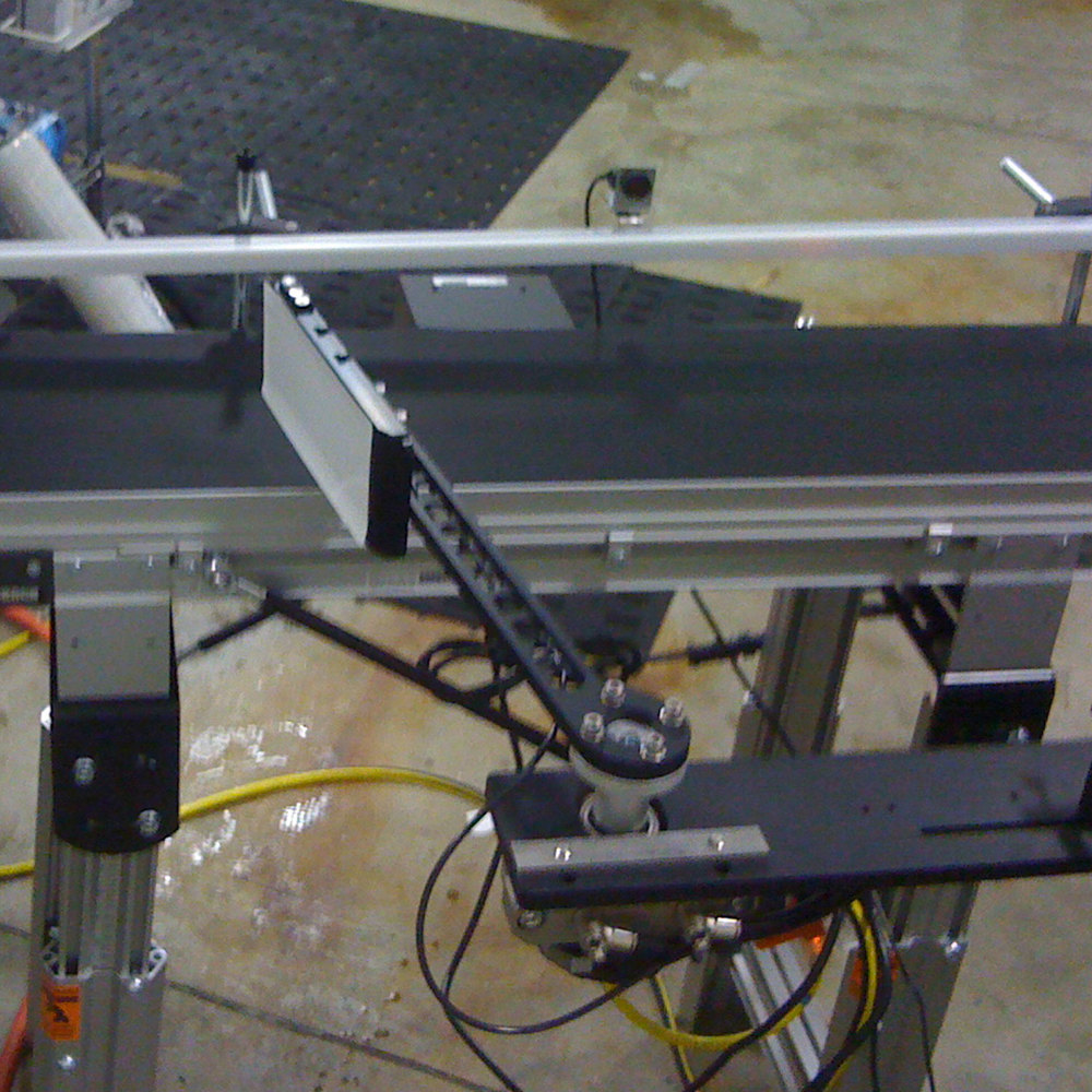 "Pneumatic swing arm with 12"" length"