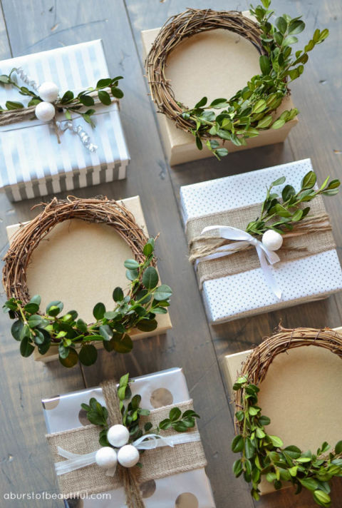 diy-mini-boxwood-wreath-tutorial_66.jpg