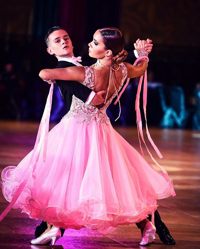#tbt to Millennium #Dancesport Champions where Daniel Lougin & Sofia Lougin @daniell_dance were our Junior II Ballroom CBZ Scholarship winners! #Poise #Posture and #Presence make this coupe stand out in the floor!  #cbzfoundation #sponsoringdreams