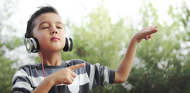 image-of-boy-listening-to-music-v2-658x325.jpg