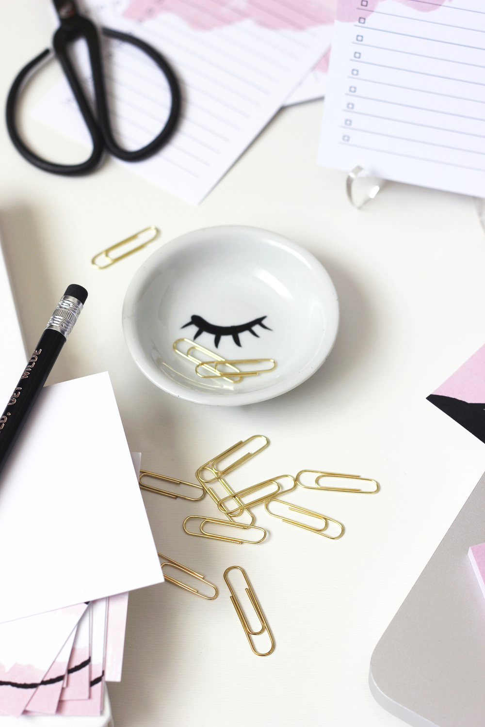 Mini eyelash dish by Ponder & Muse for holding clips and trinkets | Wilde House Paper