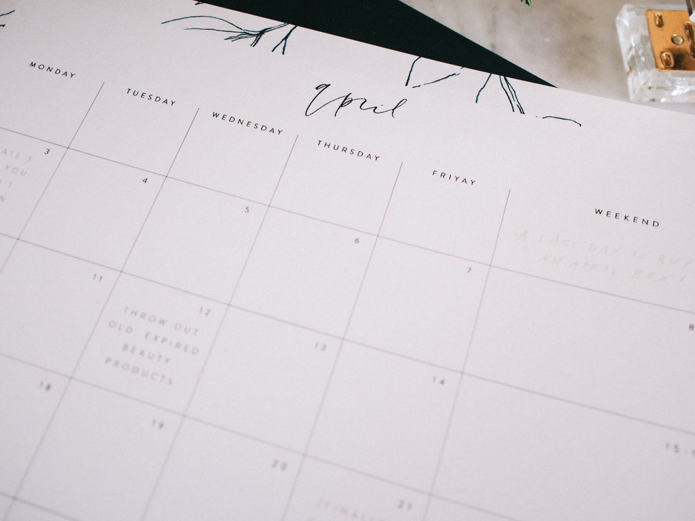 Get your April organized ahead of time with this FREE calendar | Wilde House Paper