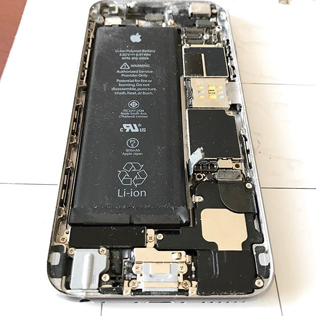 iPhone 6 behind the curtain #5280techs #5280techservices