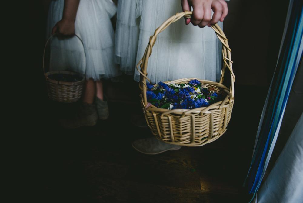 the crunkleton wedding day flower girls