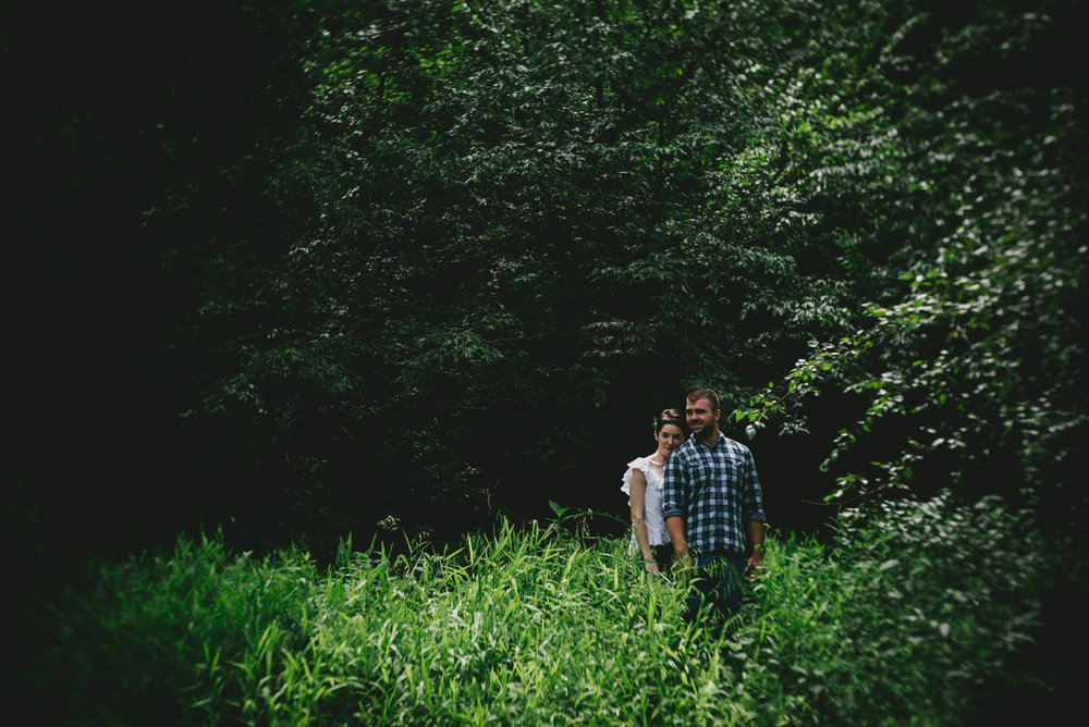 romantic_eno_river_engagement_photo.jpg