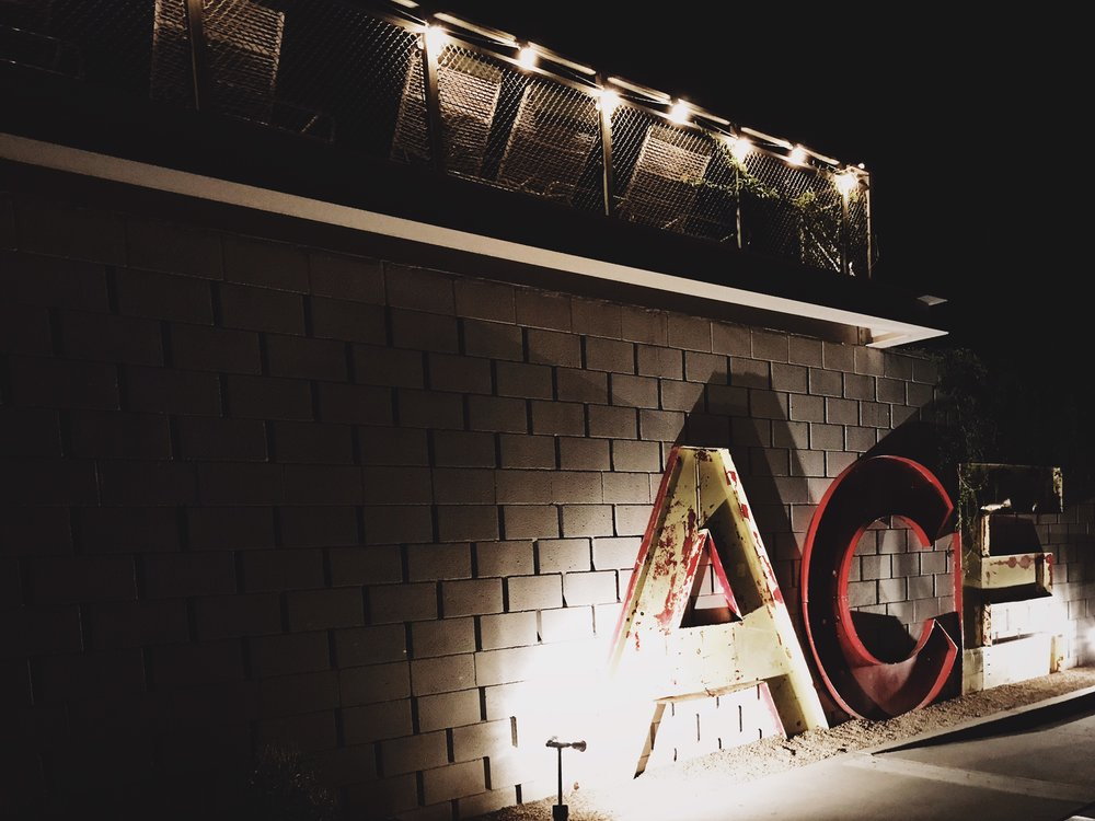 palm-springs-chic-wedding-venue-ace-hotel.JPG