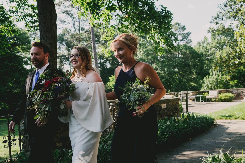 echanted-garden-summer-wedding-at-the-graylyn-estate.jpg