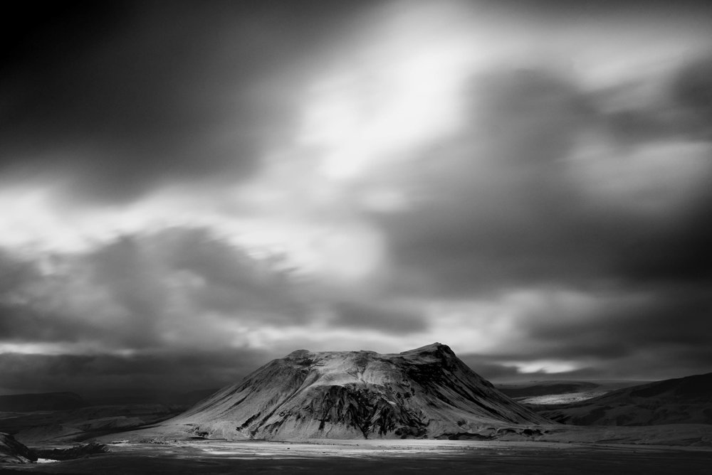 black-and-white-iceland-landscape-photography.jpg