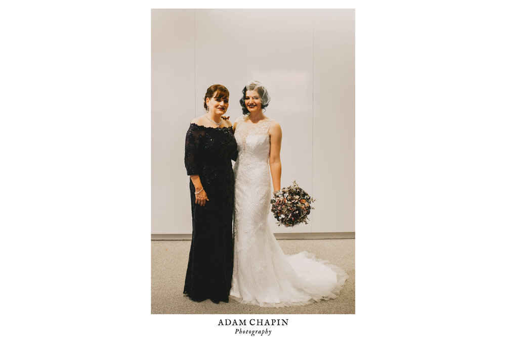21c-hotel-durham-wedding-bride-and-mother-of-bride-photo.jpg