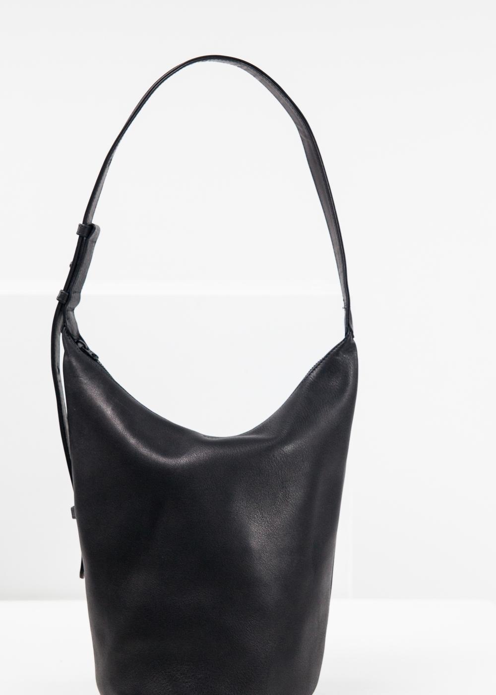 anaphora-brands-baggy