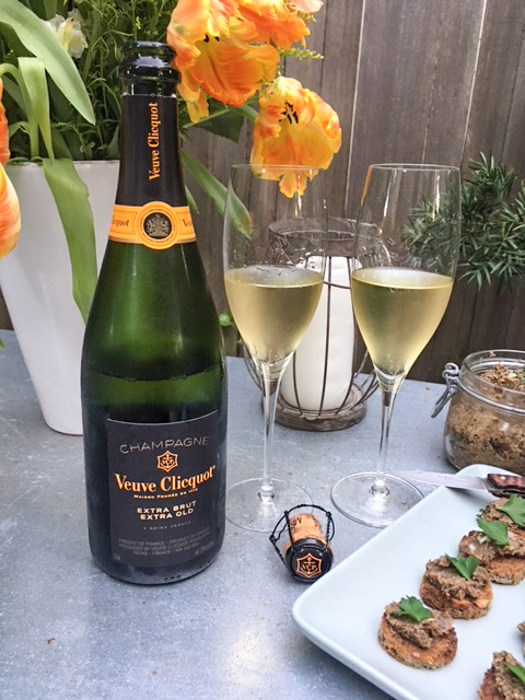 xtra Brut, Extra Old in the garden
