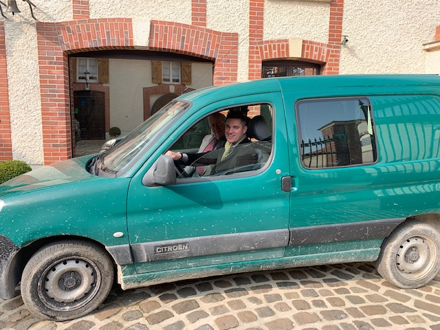Gary and Clyde in Olivier Bonville's Citroen Berlingo