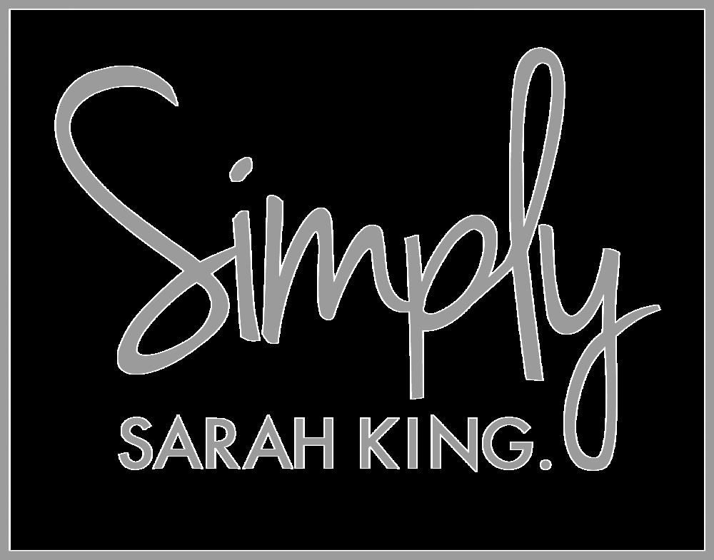 SimplySarahKing-logo-web-portfolio-greyscale.png